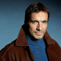 Thorsten Kaye Signs on the Dotted Line for Return to 'All My Children'