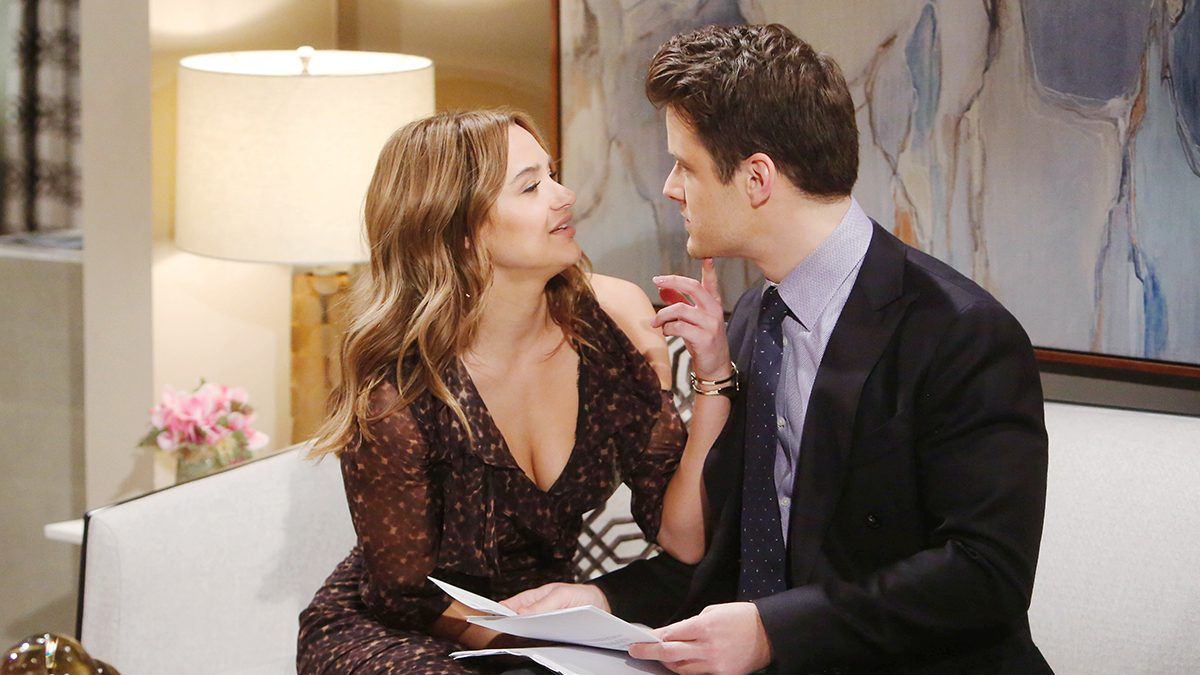 Hunter King, Summer Newman, Michael Mealor, Kyle Abbott, The Young and the Restless